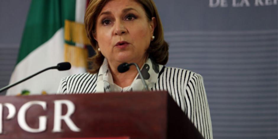 PGR afirma que caso Iguala continúa y presenta informe