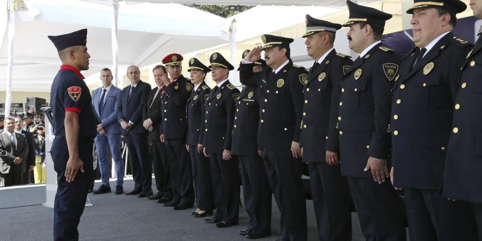 Se gradúan 907 nuevos elementos de la policía capitalina