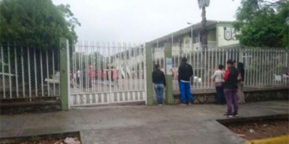 Maestros en Oaxaca ignoran llamado a paro; acuden a dar clases