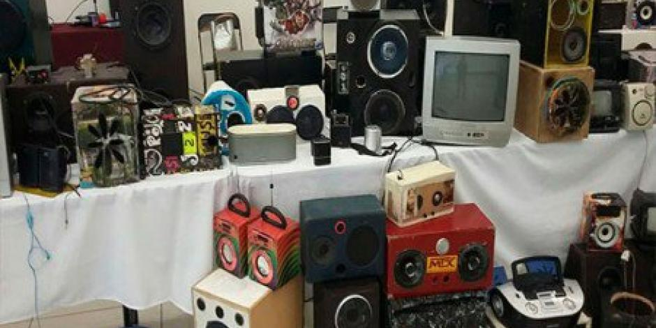Dinero, estéreos, TV, encuentran en Cereso de Puente Grande