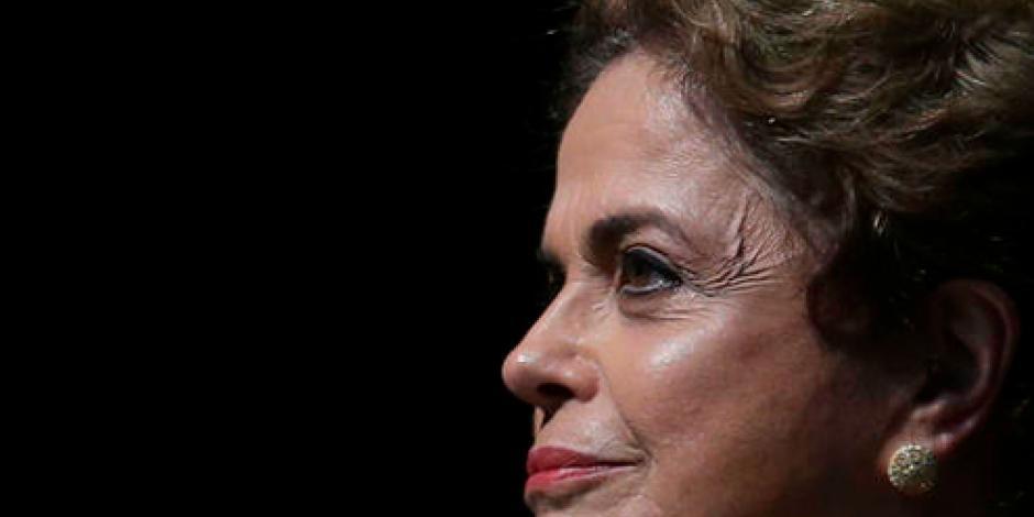 Senado de Brasil inicia votación para juicio político a Rousseff