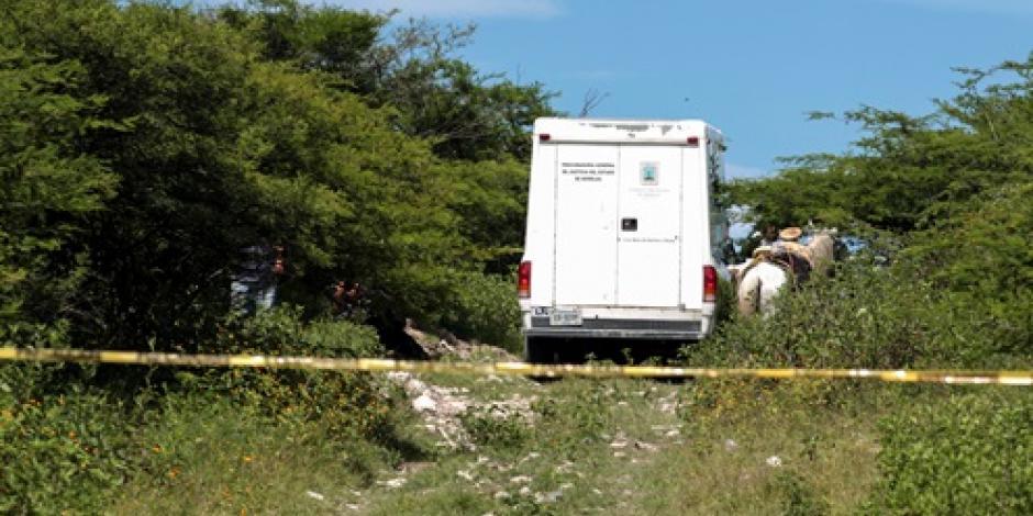 Hallan 3 cuerpos en Apatzingán