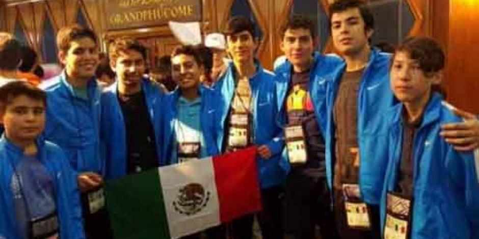 En Tailandia, alumnos mexicanos de secundaria ganan el bronce en matemáticas