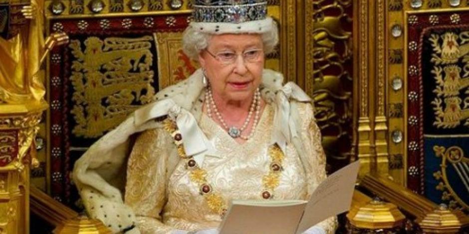 """La Reina Isabel se """"regala"""" remodelaciones de dos palacios"""