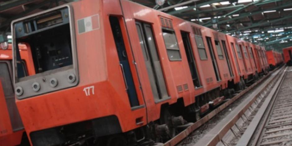 Restablecen servicio en L-7 del Metro tras caída de persona a vías