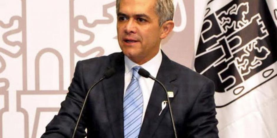 Mancera afirma que Gobierno Federal no le dio recursos para Teleférico