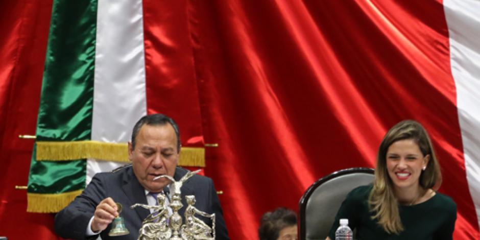 Victoria de Trump sería catastrófica para México, señala Zambrano