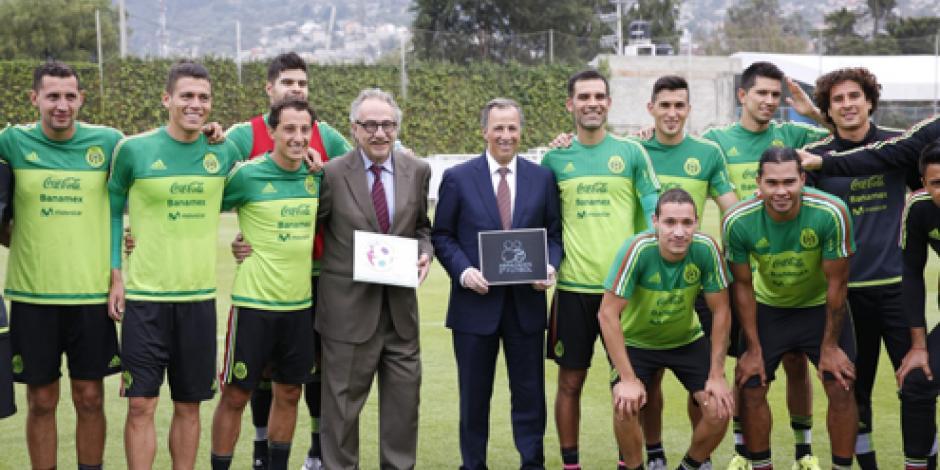 El futbol ofrece salud, la educación oportunidades, asegura Meade