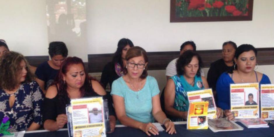 Denuncian hallazgo de 75 fosas en Veracruz