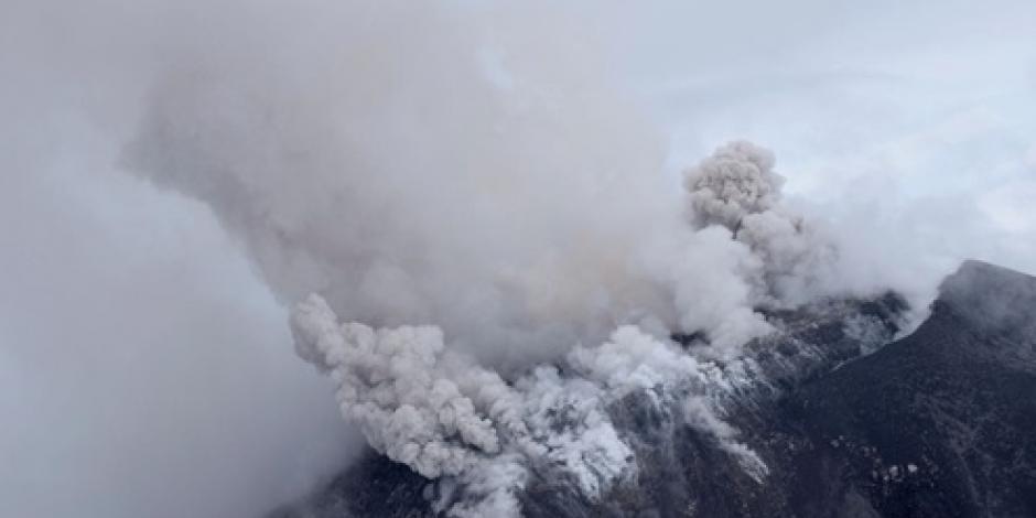 Protección Civil evalúa actividad del volcán de Colima