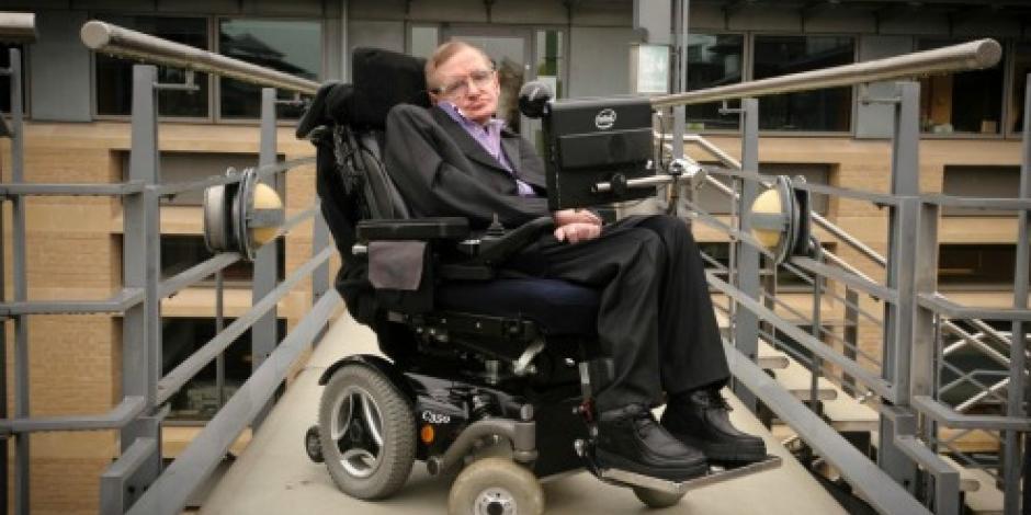 Hospitalizan a Stephen Hawking en Roma