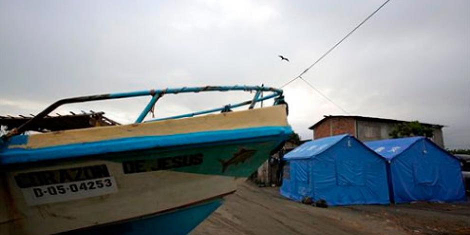 Sacude a Ecuador réplica de sismo registrado en abril