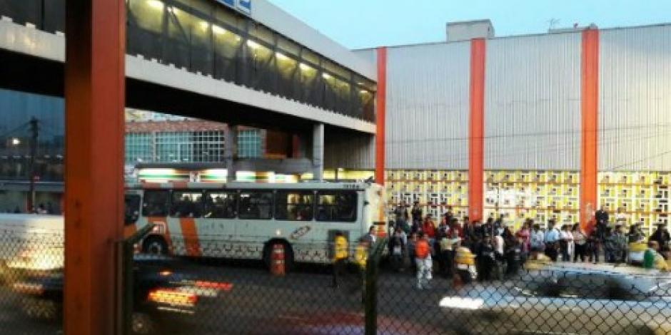 Por la noche, prevén restablecimiento del servicio en Línea 2 del Metro