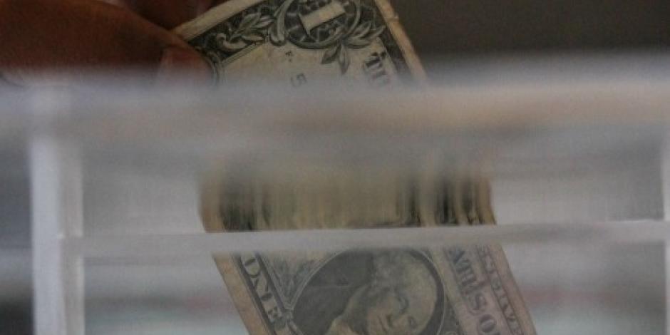 Dólar se vende en 19.10 pesos en la CDMX