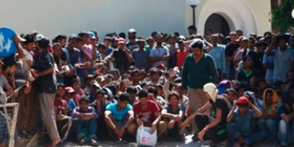 Desalojan a cientos de inmigrantes de la frontera italo-francesa