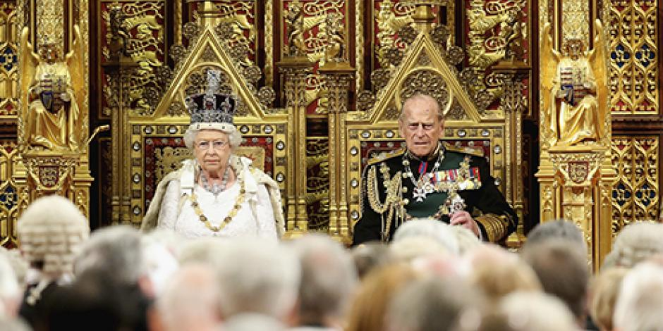 Presenta Reina Isabel II nuevas iniciativas de ley