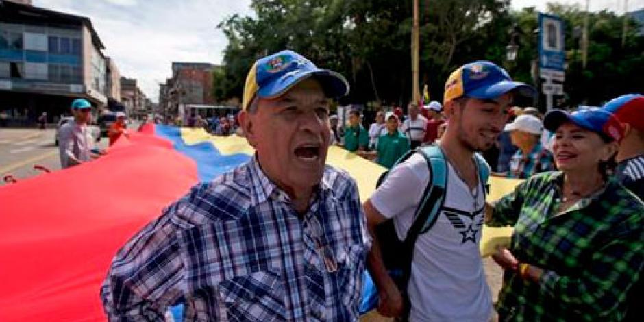 Oposición intensifica presiones por el referendo en Venezuela
