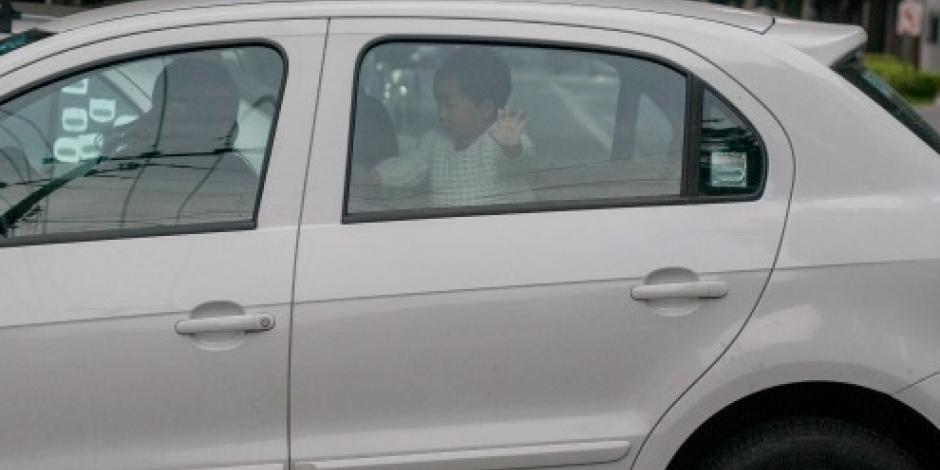 Muere bebé que dejaron en auto por 9 horas en Texas