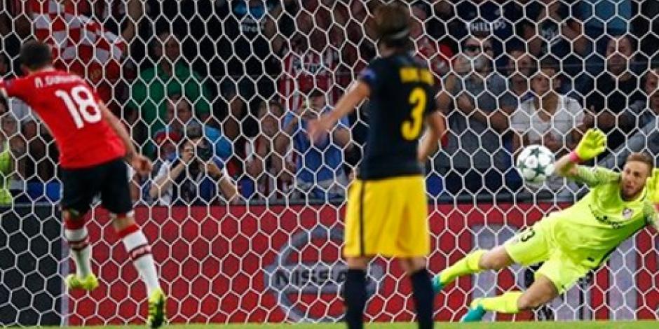 Guardado falla penal en derrota del PSV ante el Atlético