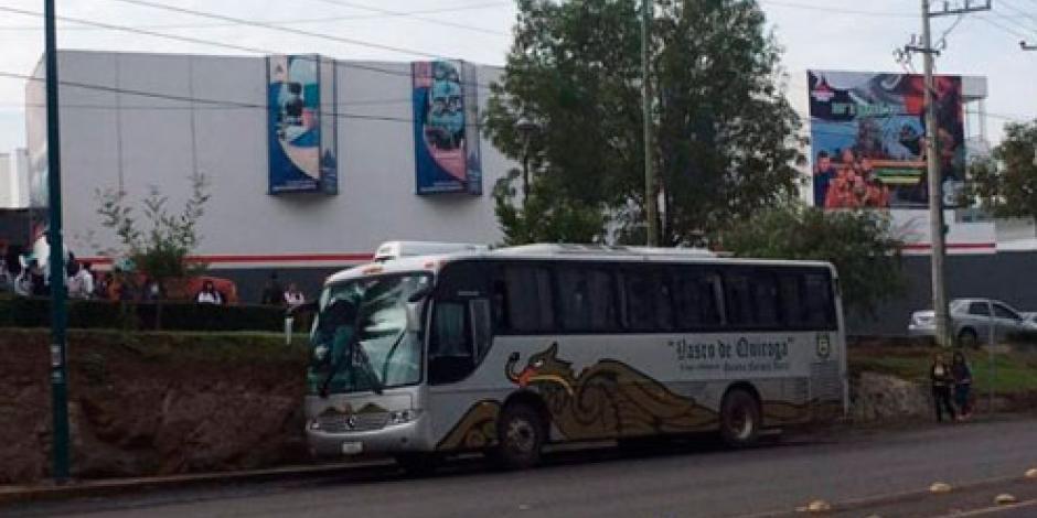 Normalistas piden liberación de compañeros en Michoacán