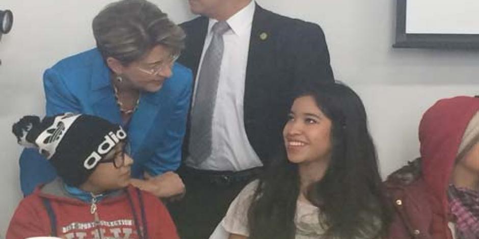 Encabeza Mercedes Juan Día de la Candelaria en Hospital General de México
