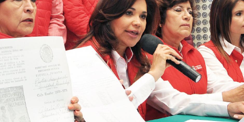 Alcalá reta a candidatos a presentar su 3 de 3