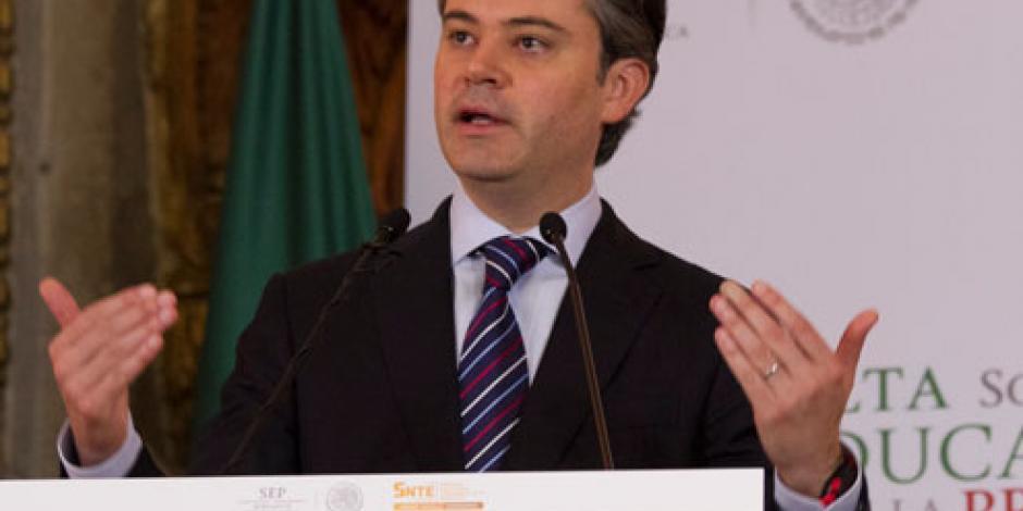 Aurelio Nuño participa en Foro de Consulta con maestros de nivel básico