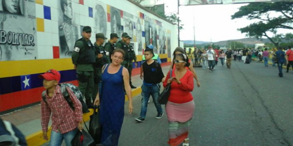 Apertura de frontera con Venezuela evoluciona positivamente, señala Santos