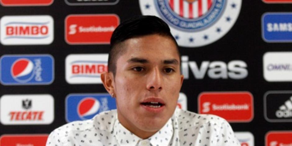 Carlos Salcedo jugará para la Fiorentina