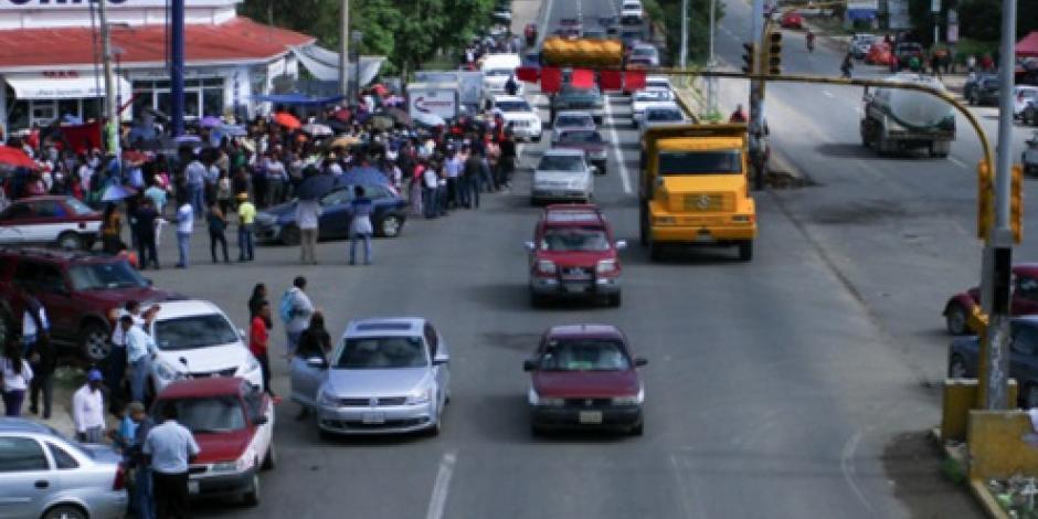 Transporte público se sumará a paro de empresarios en Oaxaca