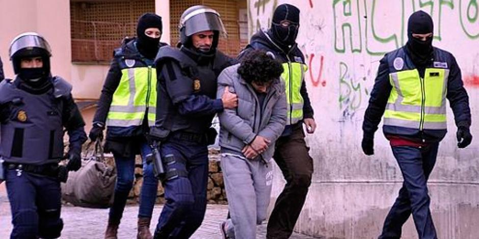 Detienen a 6 personas en España por nexos con terroristas