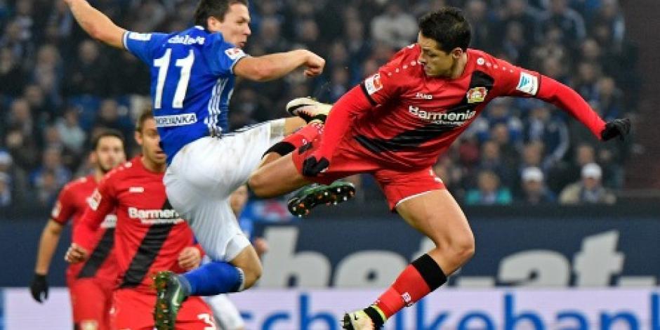 "Leverkusen vence 1-0 al Schalke; ""Chicharito"" sigue sin anotar"