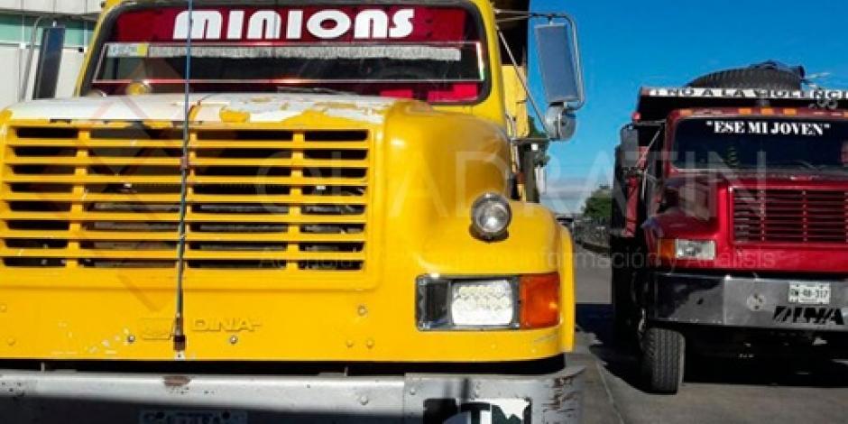 Transportistas bloquean vialidades en Oaxaca