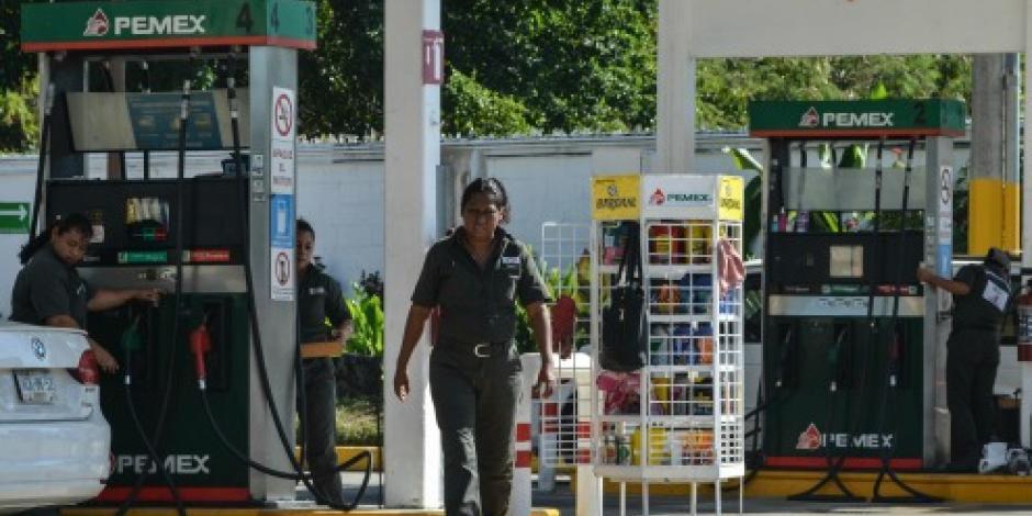Descarta Sener desabasto de gasolina en 2017