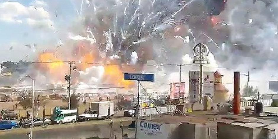 DICIEMBRE: Explosión el Tultepec deja 36 muertos
