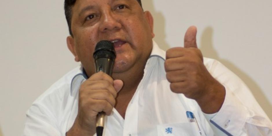 Detienen a líder de la Asamblea de Barrios