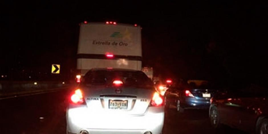 Reanudan circulación en ambos sentidos de la México-Cuernavaca