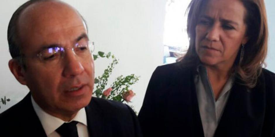 Honestidad y disciplina, legados de mi madre, afirma Felipe Calderón