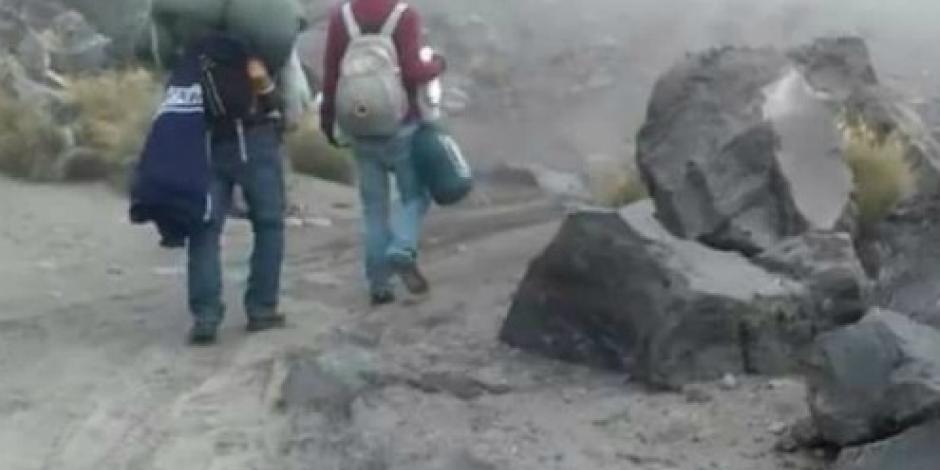 Rescatan a 20 alpinistas en el Pico de Orizaba