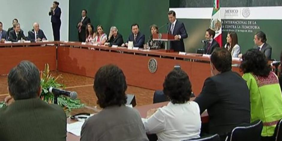 Congreso recibe iniciativa de EPN sobre matrimonio igualitario