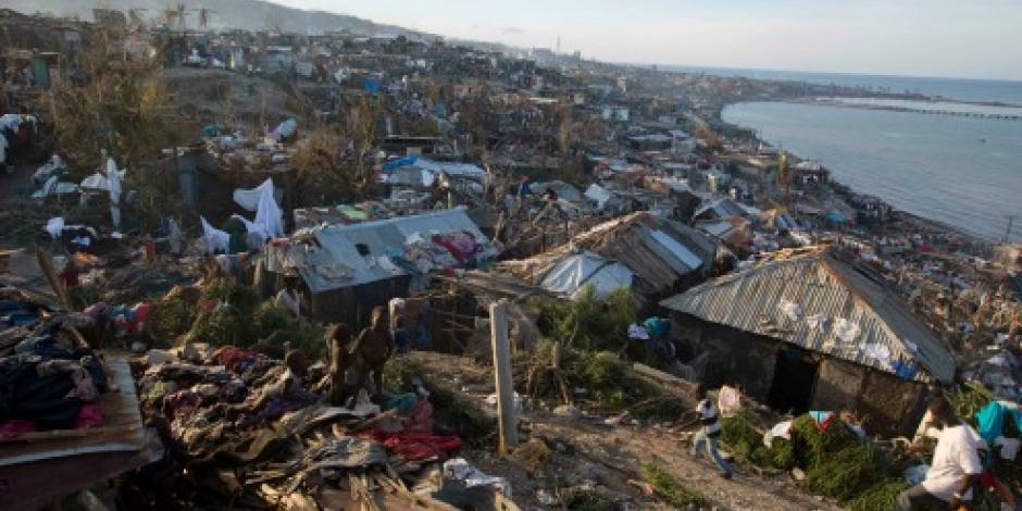 """EPN lamenta muertes por """"Matthew"""" y ofrece ayuda"""