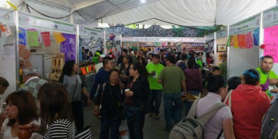 Inauguran la Feria del Chocolate y Pan de muerto en Coyoacán