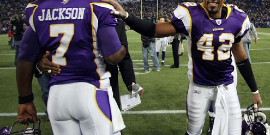 Sentencian a ex jugador de la NFL por violar a 16 mujeres