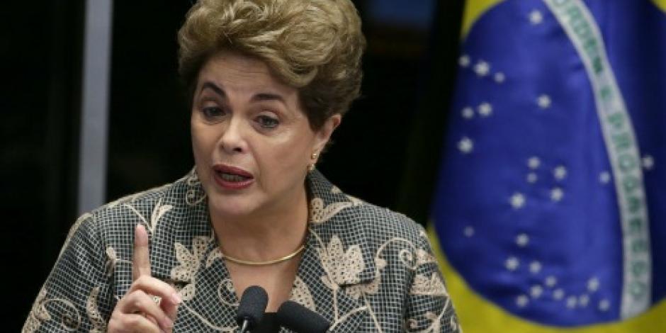 A un paso de un golpe de Estado denuncia Rousseff ante el Senado
