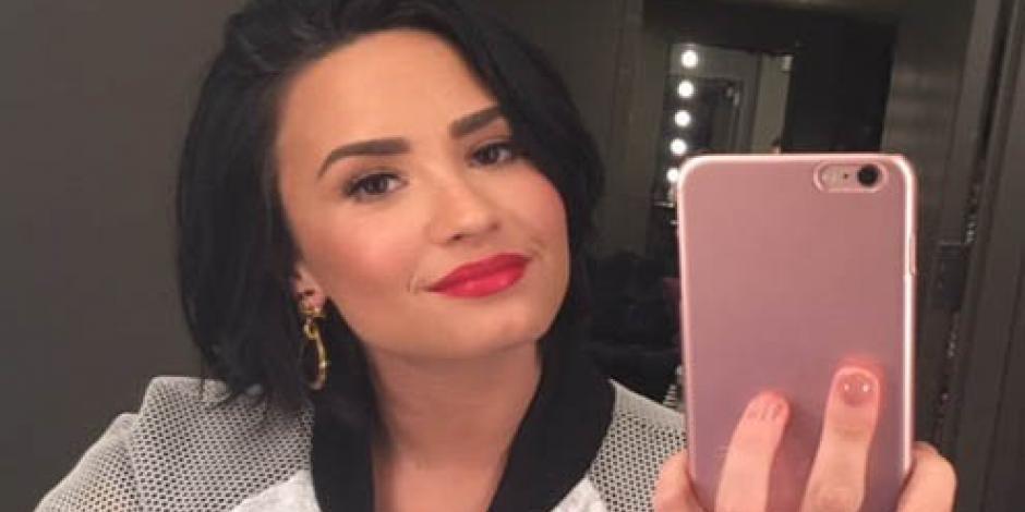 No podía estar más de una hora sin cocaína, afirma Demi Lovato