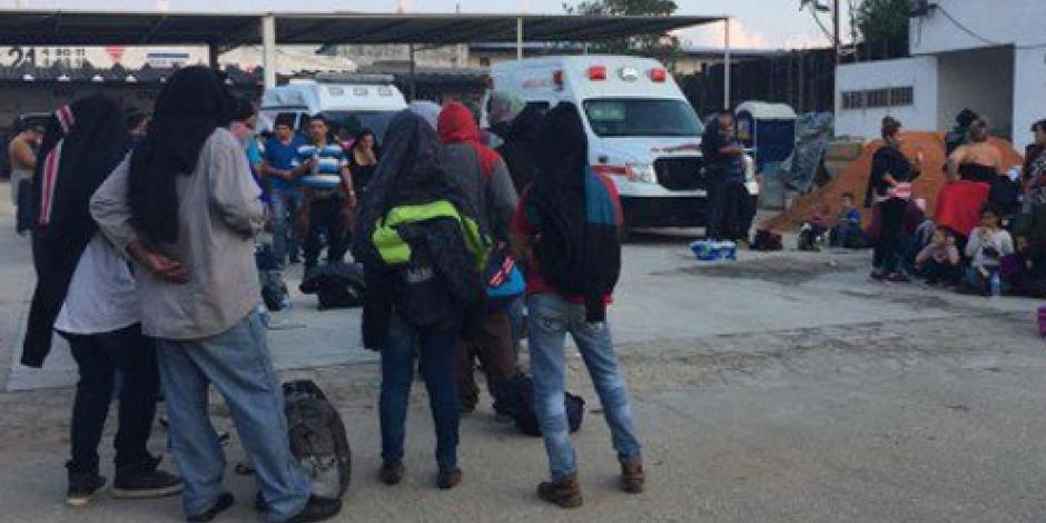 Federales rescatan a 110 migrantes en autopista de Veracruz