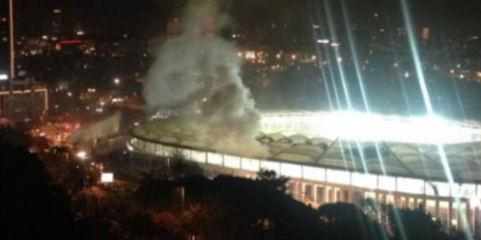 Estalla coche bomba en estadio de futbol de Turquía