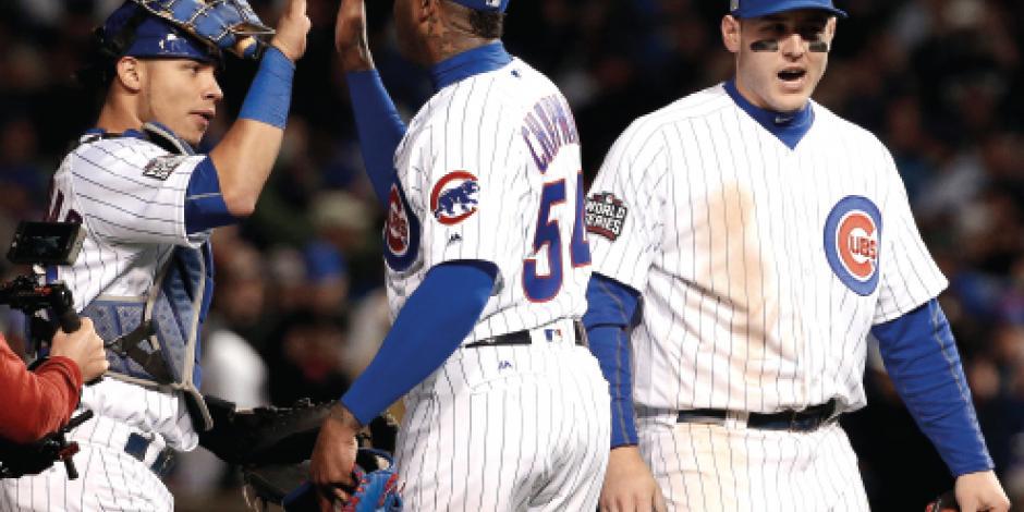 Gran labor de Chapman y los Cubs todavía viven