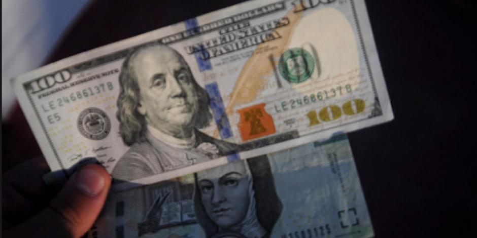Cierra dólar en $19.15 en bancos de la CDMX