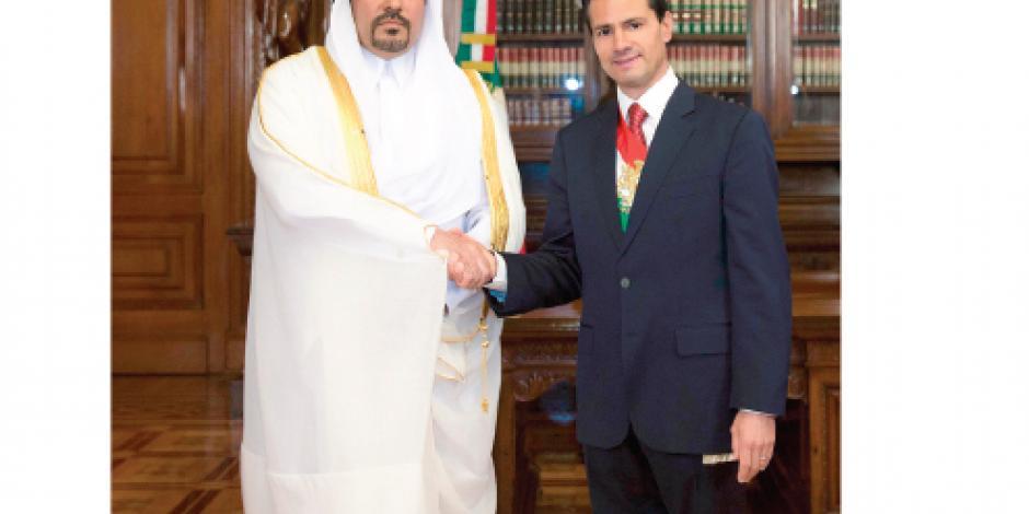 Presidente da  la bienvenida  a  embajadores  de 19 países